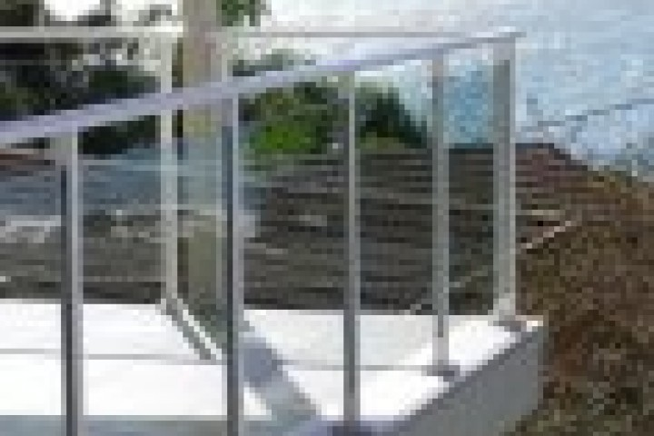 Grand Scene Fencing Glass balustrading 720 480